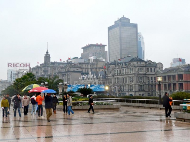 shanghai bund promenade