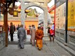 klostermonche in chengdu